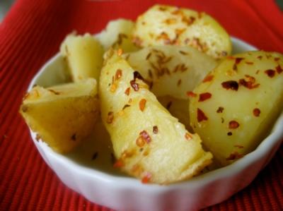 Kentang - 10 Makanan Yang Dapat Membuat Tidur Lebih Lelap - www.simbya.blogspot.com