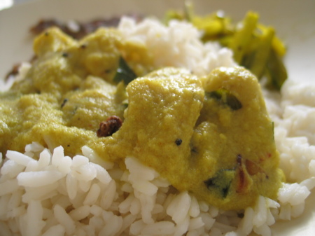chembu-curry-with-rice.jpg